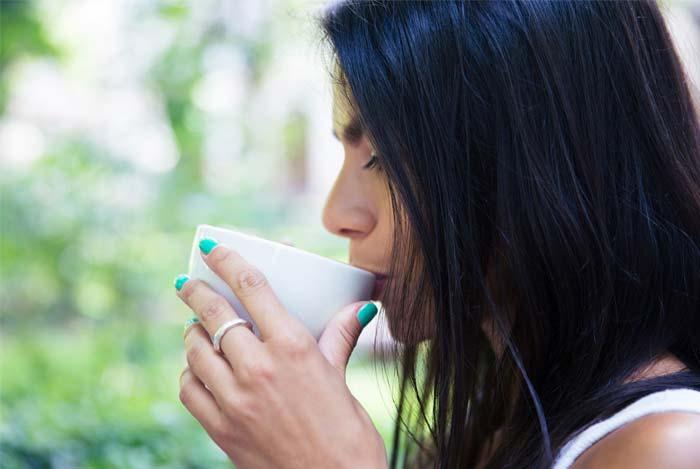 zalioji arbata gerina smegenu veikla