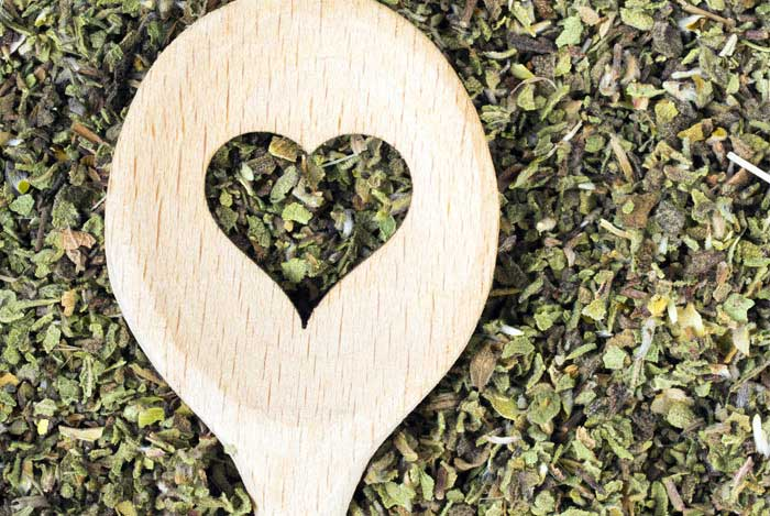 zalioji arbata padeda apsisaugoti nuo vezio