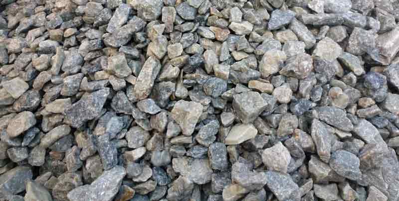 mineralai uolienose ir grunte